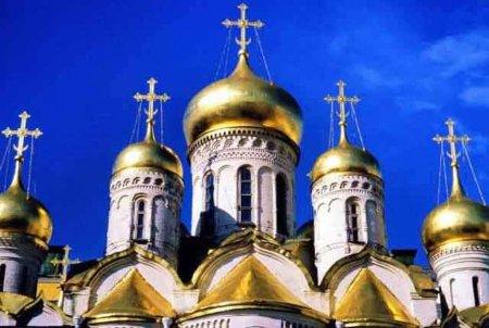 Бюджет церкви: сколько на самом деле зарабатывает церковь в России
