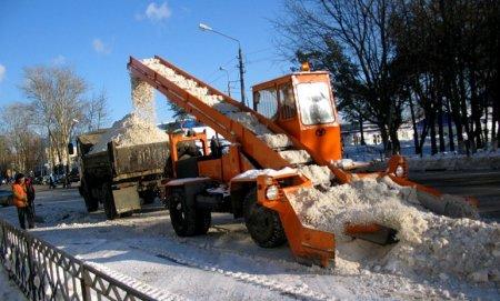 """""""Работа в городе по уборке снега идет активно и год от года совершенствуется"""""""
