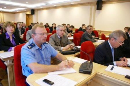 Контрольные органы проверят работу чиновников