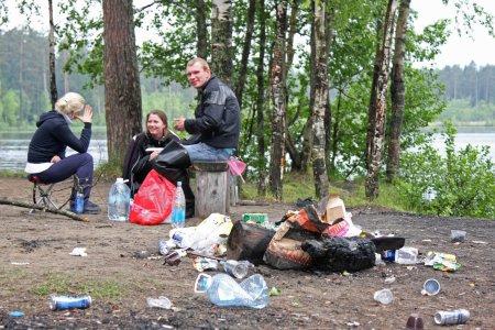 Уважаемые любители мусорить, приглашаем Вас на уборку!