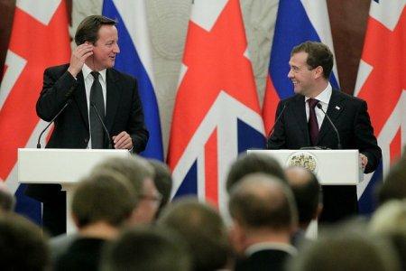 Медведев записал Кэмерона в КГБ