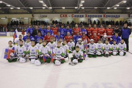 В Северске сыграли матч звёзды советского хоккея