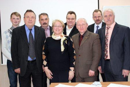 На СХК прошла заключительная сессия обучения руководителей ДЗО