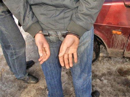 Сотрудники уголовного розыска раскрыли грабёж
