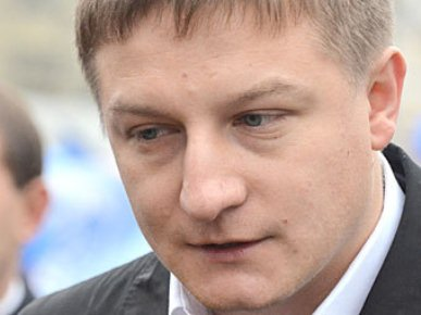 Единорос отметил превосходство депутата над средним россиянином