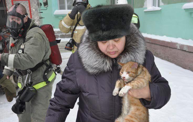 Северчанам, пострадавшим при пожаре, выплатят по десять тысяч рублей