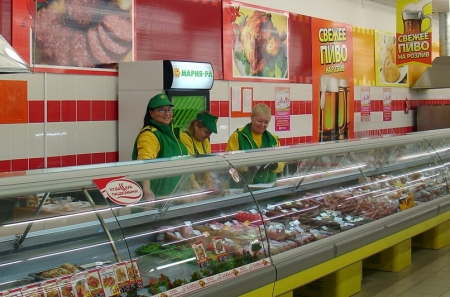 "Супермаркеты вытесняют магазины ""у дома"""