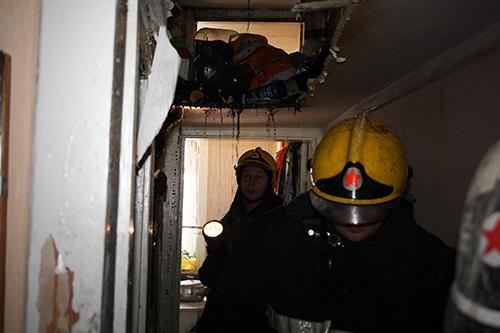 Из-за замыкания электропроводки загорелась одна из квартир