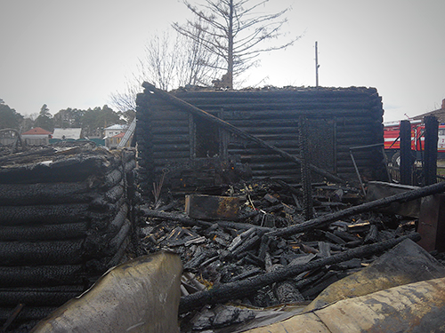 Пожарище в поселке Самусь