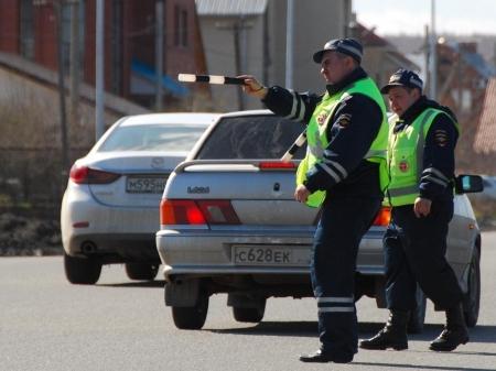 ГИБДД Северска игнорирует тонированный автотранспорт