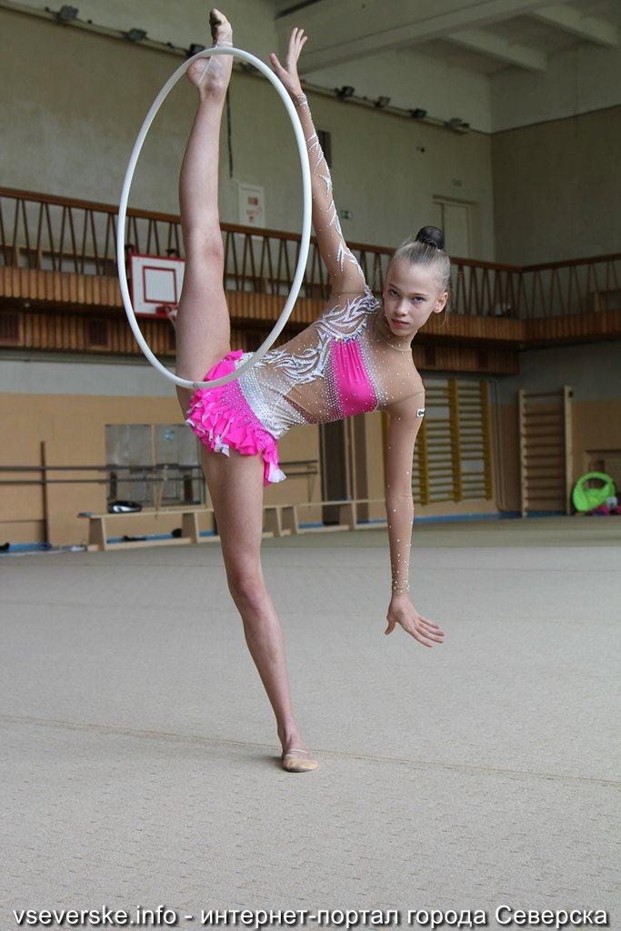Очень тощие гимнастки