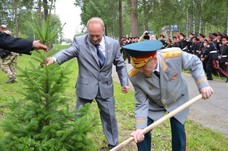 Северских кадетов с Днем знаний поздравил заместитель Губернатора Томской области