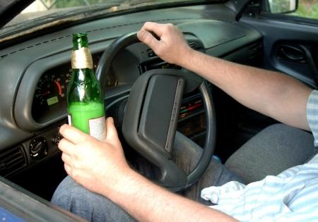Сохрани жизнь - сообщи о пьяном водителе в полицию!