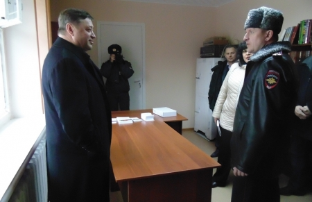 Николай Диденко проверил качество ремонта опорных пунктов