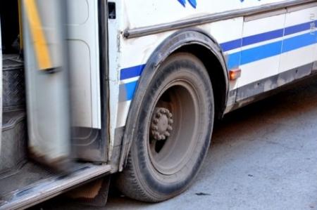 Пожилая пассажирка автобуса упала и получила травмы