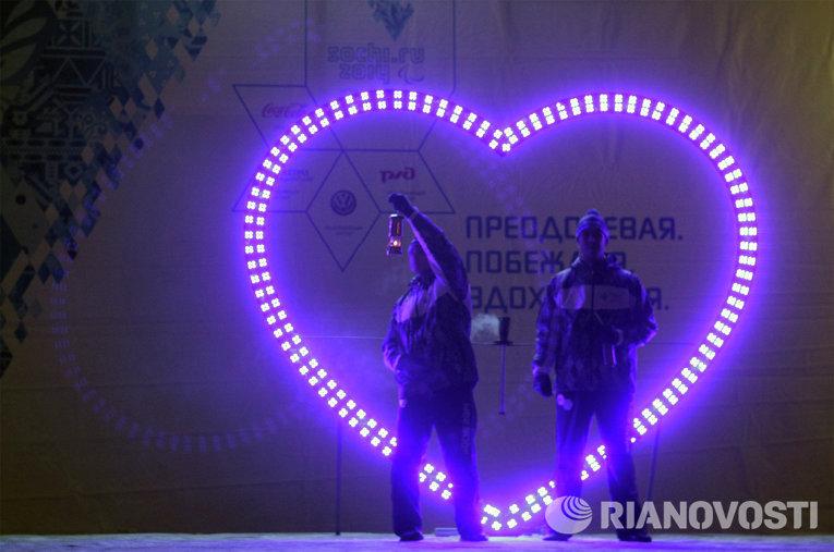 Огонь Паралимпиады в Северске: аншлаг на центральном проспекте