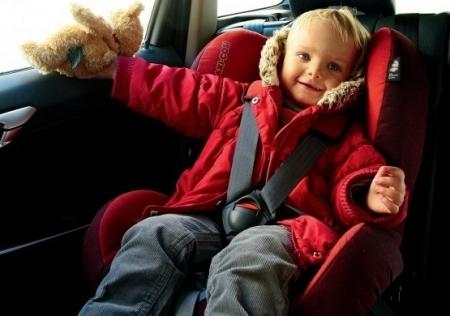 Только в двух автомобилях дети оказались без специальных кресел