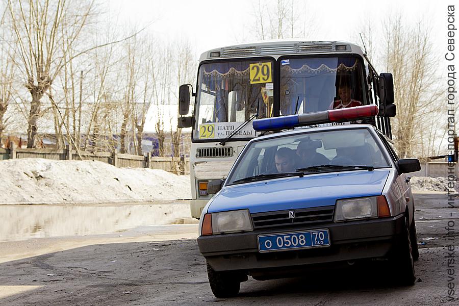 Водитель маршрутки помыл автобус за 50 тысяч рублей