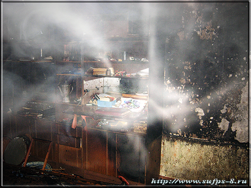 Северчанин получил ожоги, выбираясь из горящей квартиры