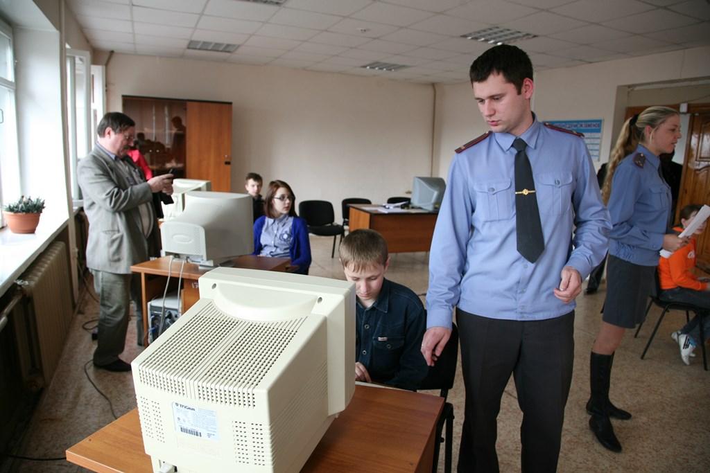 Школьники сразились в знаниях ПДД