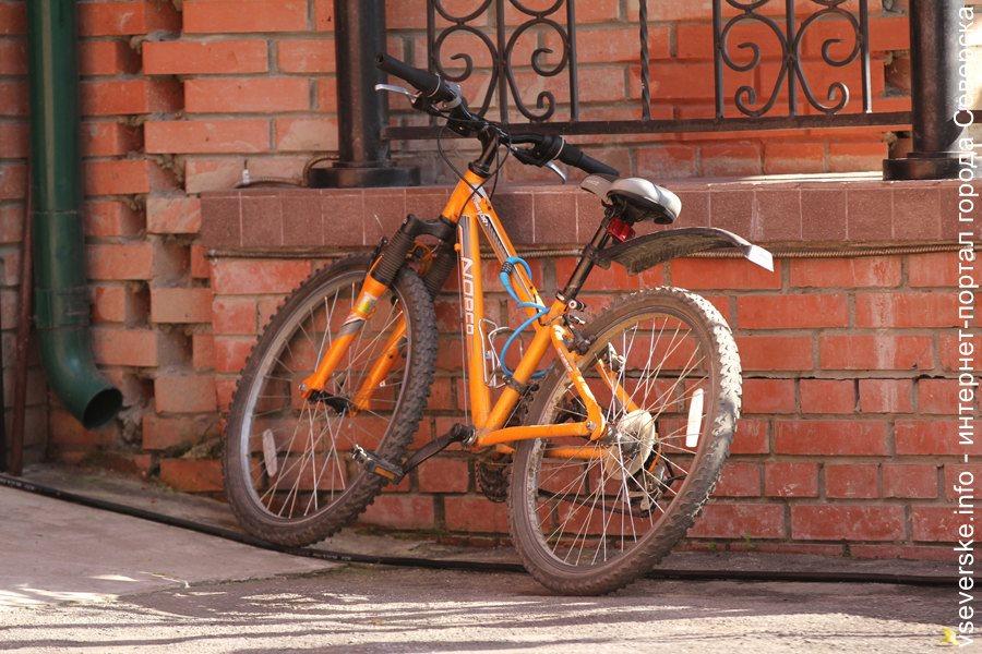 Разыскивается велосипедист, совершивший наезд на ребенка