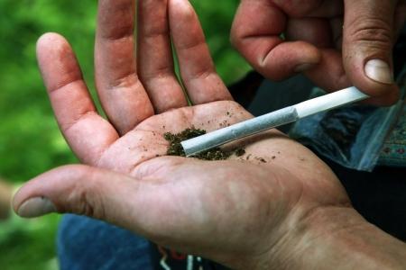 Погибший подросток курил спайс вместе с другом