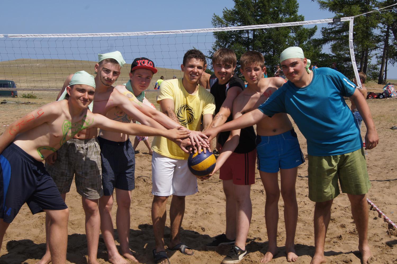 Юные северчане побывали в лагере «Содружество» на Байкале
