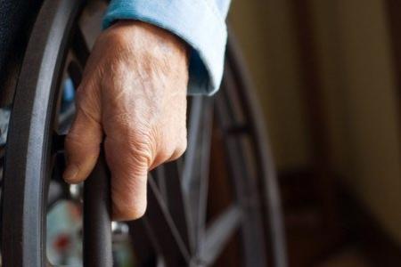 Прокуратура обязала городскую администрацию сделать ремонт инвалидам
