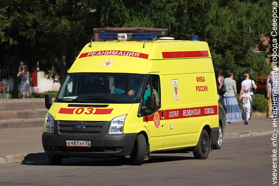 За неделю северская «скорая» оказала помощь двум горожанам с ножевыми ранениями