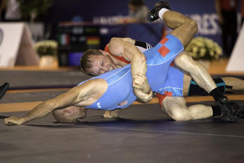 Северчанин Анатолий Гончар завоевал золото на Чемпионате мира по спортивной борьбе среди ветеранов