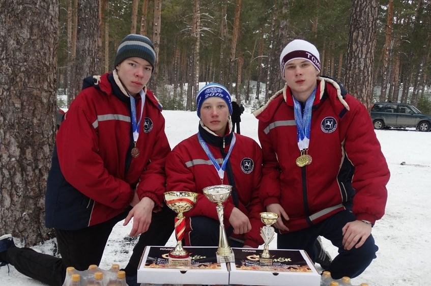 Северские кадеты стали призерами соревнований по кинологическому спорту в Барнауле