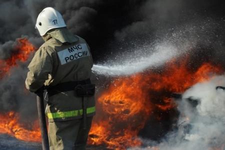 На «Томскнефтехиме» произошёл пожар, опасности для населения нет