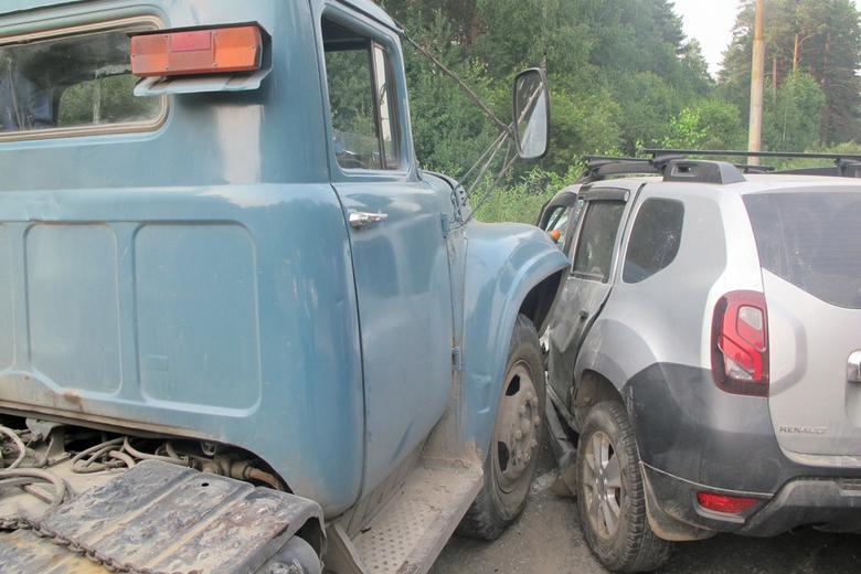 Водитель погиб в аварии на Кузовлевском тракте