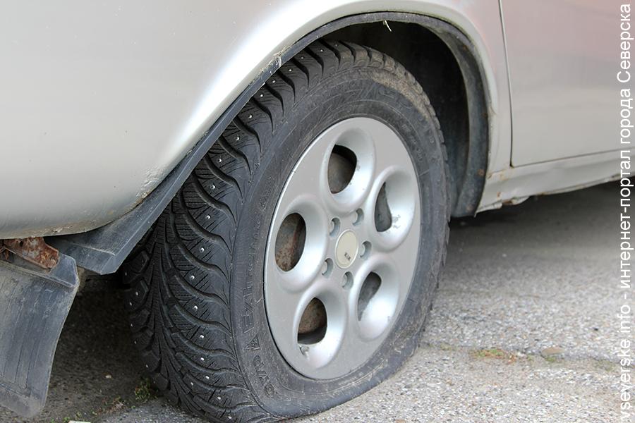 Администрация просит убрать брошенные и забытые автомобили