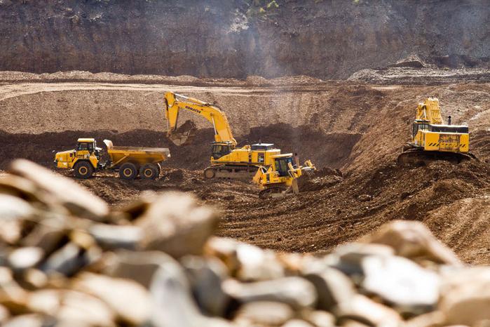 Возбуждено дело о незаконной добыче песка