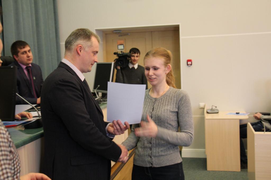 Северчане могут стать учащимися Молодежной парламентской школы