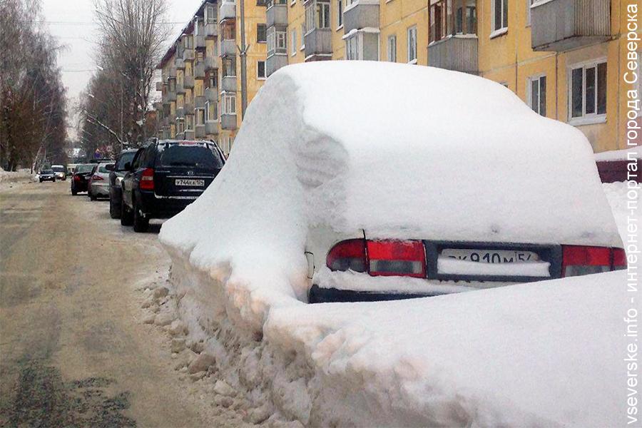 Автовладельцы игнорируют требование дорожного знака на Крупской