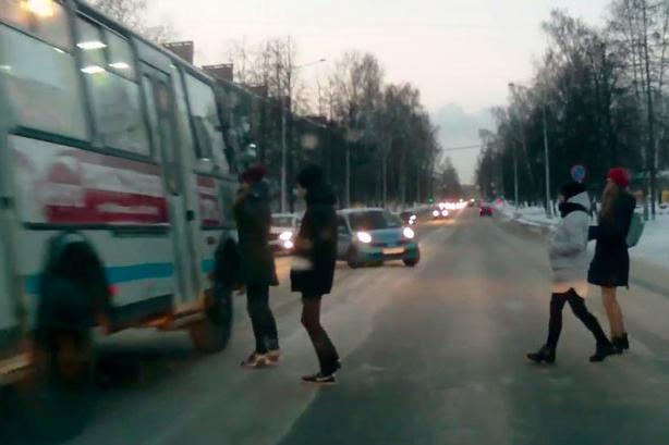 Водителю маршрутки грозит лишение прав