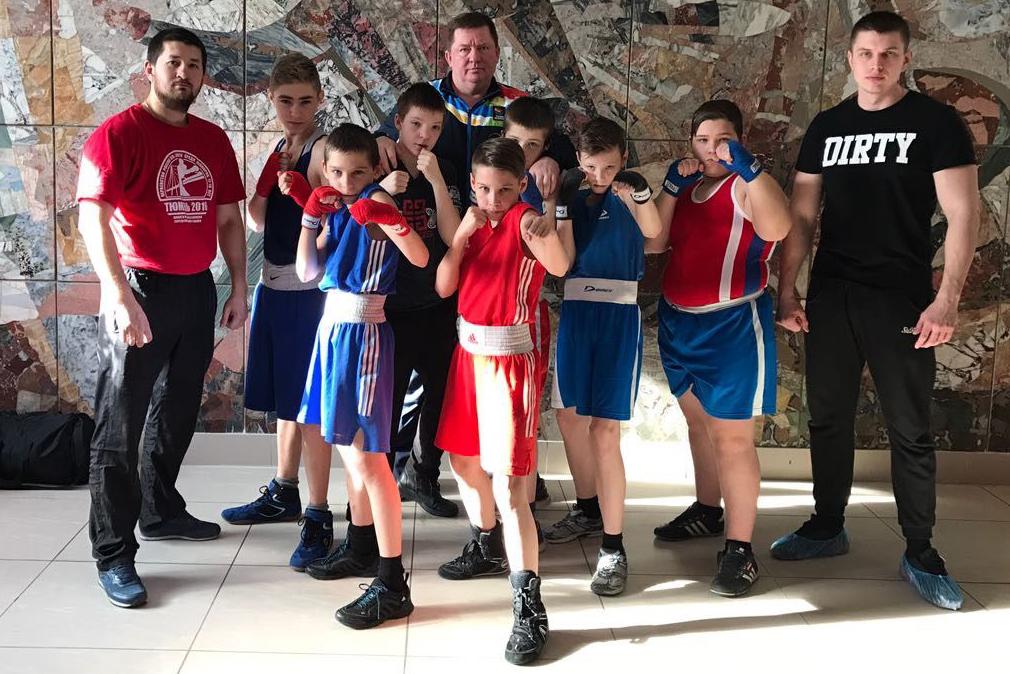 Блистают юные боксеры