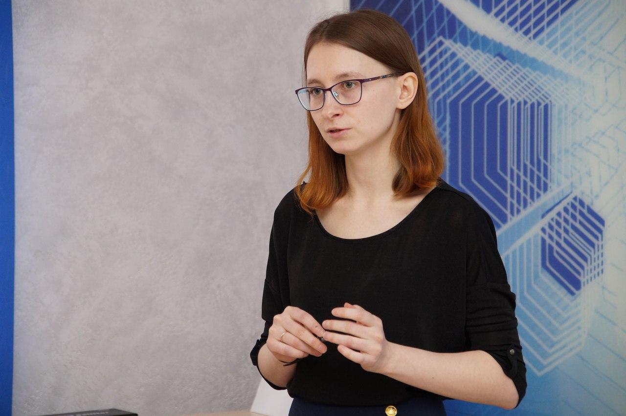 Муслимова Александра успешно защитила научно-квалификационную работу