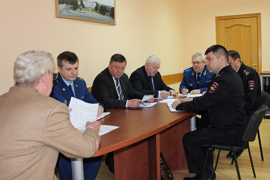 11 северчан пришли на прием к прокурору области
