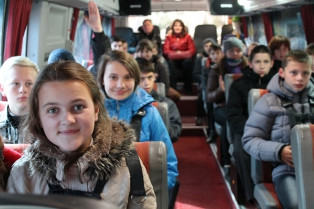 Изменился порядок подачи уведомления о перевозке групп детей автобусами