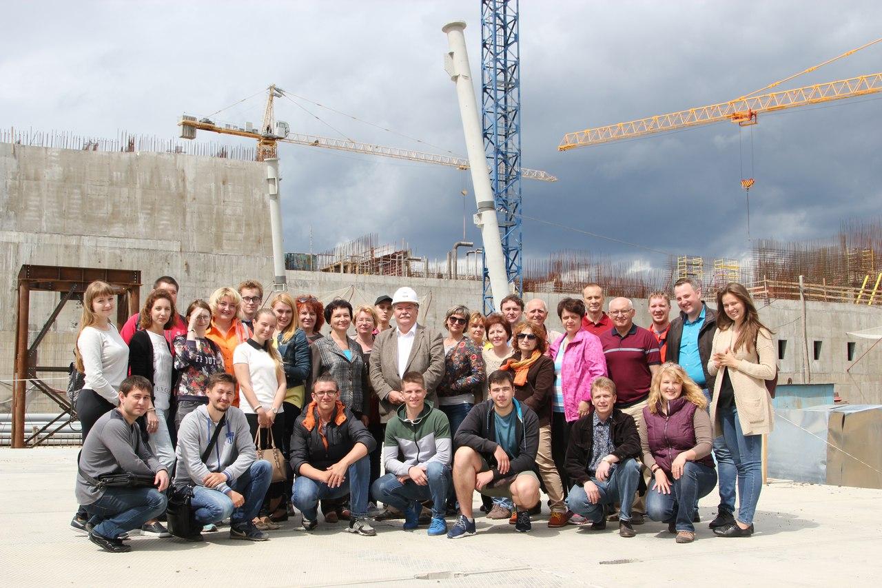 Экскурсия на масштабную строительную площадку опытно-демонстрационного энергокомплекса