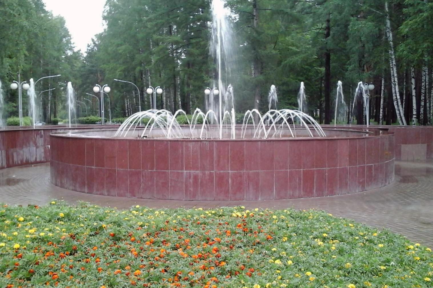 Интересно для кого работает фонтан?