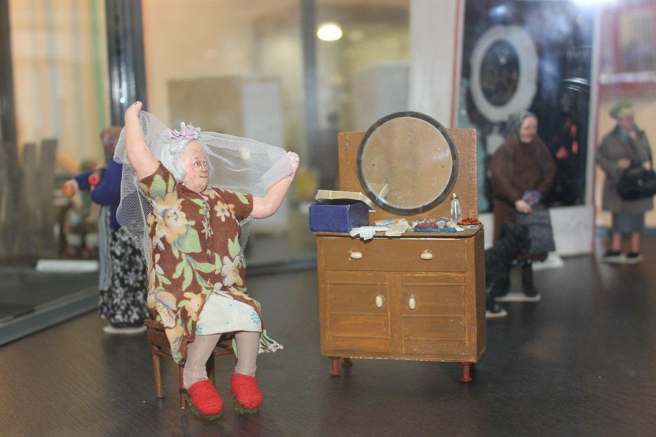 Осталось две недели до закрытия выставки кукол «Маленький мир»