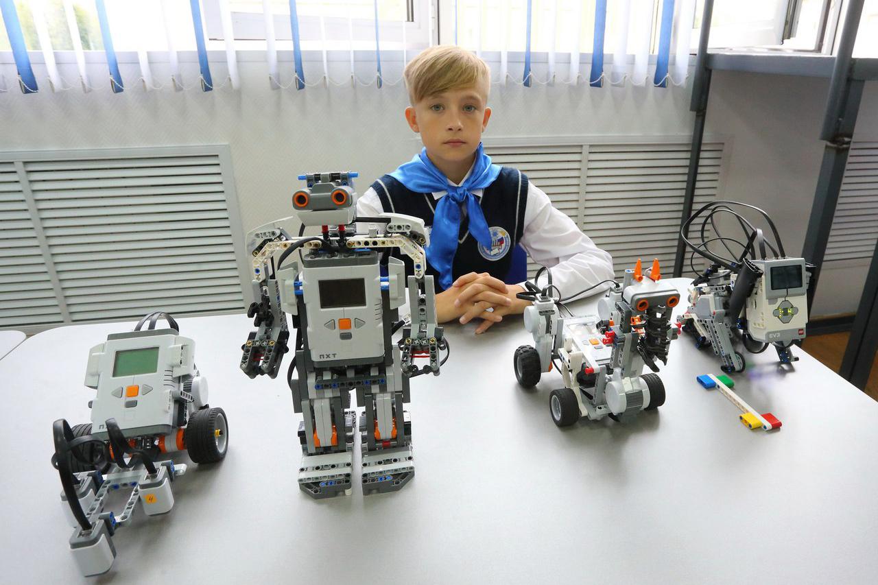 В Северском физико-математическом лицее открыли школьный технопарк
