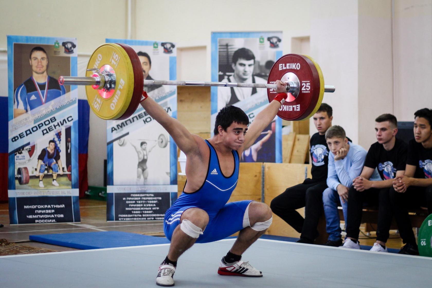 Александр Рытов занял 1 место на Чемпионате города Томска по тяжелой атлетике