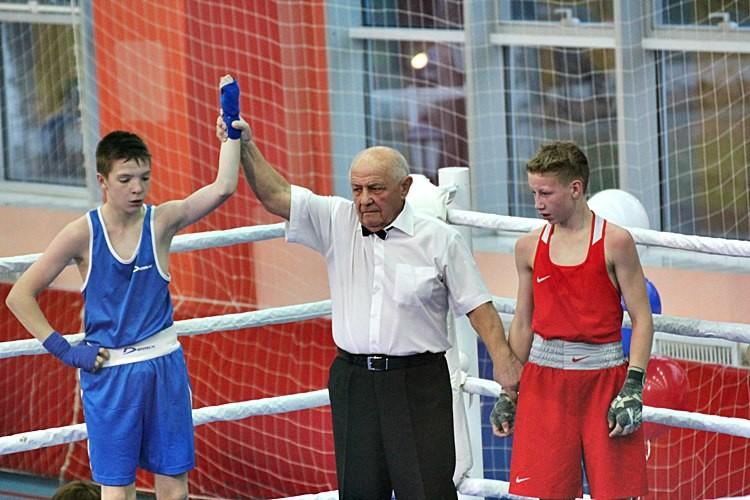 Успехи северских боксеров на турнире, посвященном первому тренеру города