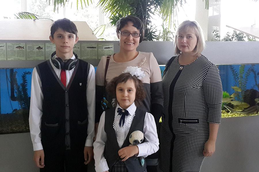 Читающая семья Скащук стала победителем областного конкурса