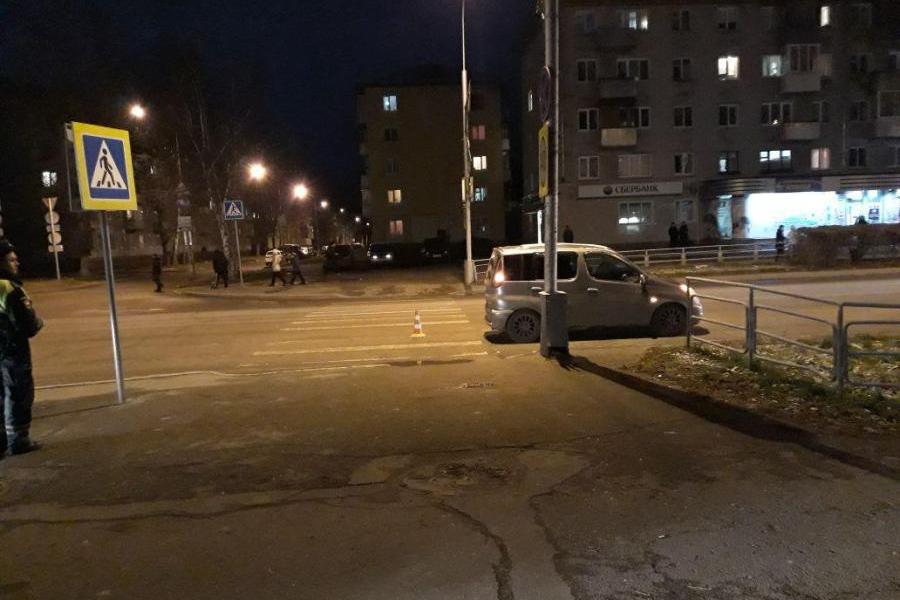 Автомобиль сбил 72-летнюю женщину на пешеходном переходе